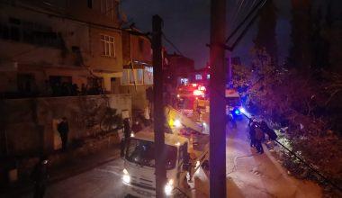 Evin çatısındaki yangın söndürüldü!