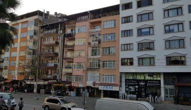 1999 Marmara Depreminde birbirinden ayrılan 2 binaya 2020'de yıkım kararı!