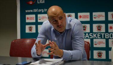 Semt77 Yalovaspor Basketbol, takımı çalıştıran Murat Yolcu ile yollarını ayırdı