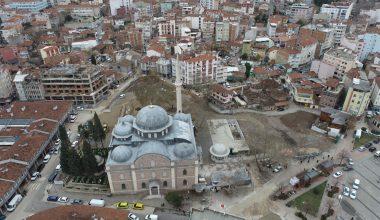 Tarihi Zağnos Paşa Cami'nin siluetini bozan binalarla ilgili çalışma başlatıldı