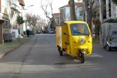PTT'nin çevre dostu elektrikli araçları hizmete başladı