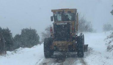Kırklareli'nde kar nedeniyle kapanan 40 köy yolu ulaşıma açıldı
