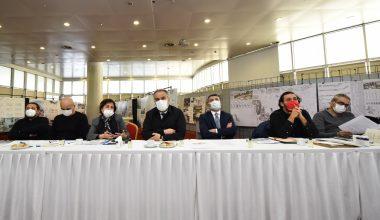 Bursa'da Tarihi Çarşı ve Hanlar Bölgesi'nin etrafını dönüştürmek için düzenlenen yarışmaya 35 proje sunuldu