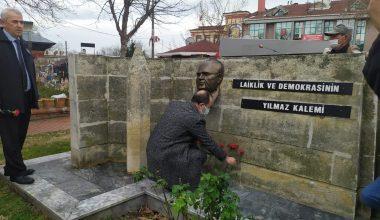Gazeteci yazar Mumcu Edirne'de anıldı