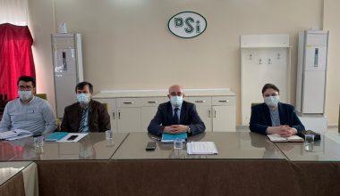 Muhtarlar, Başkan İba ile birlikte, DSİ Bölge Müdürüne sorunlarını anlattı
