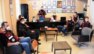 Amatör telsizciler doğal afetlerde haberleşmeye gönüllü destek veriyor