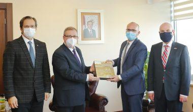 Başkonsolos Gauvin'den Rektör Tabakoğlu'na ziyaret