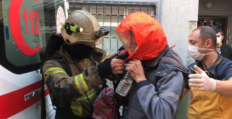 Atölyede çıkan yangında üst katlardaki 5 kişi dumandan etkilendi