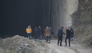 Tren tüneli inşaatında yanmış erkek cesedi!