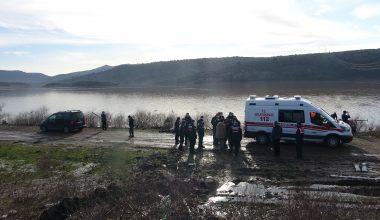 Baraja düşen otomobilde son kişinin cesedine ulaşıldı
