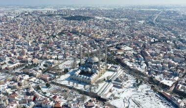 Edirne'de etkisini yitiren kar yağışı güzel manzaralar oluşturdu