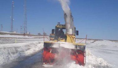 Edirne'de karla kaplı yollarda temizleme çalışmaları devam ediyor