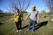 Emekli öğretmen çiftin 60 yıllık aşkı gençlere örnek oluyor