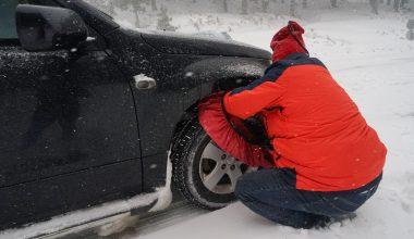 Kar nedeniyle çok sayıda araç mahsur kaldı