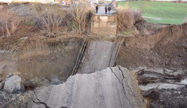 Malkara'da şiddetli yağış nedeniyle köprü yıkıldı!