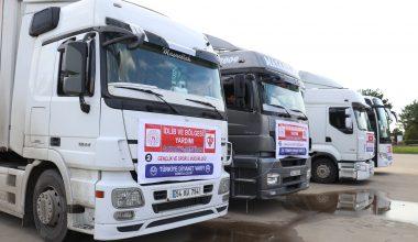 Sakarya'dan Suriye'deki ihtiyaç sahiplerine 3 tır yardım malzemesi gönderildi
