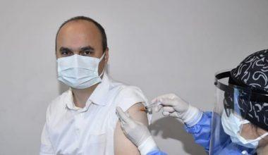 Edirne Valisi Canalp Kovid-19 aşısı oldu