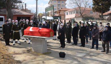 Edirne'de vefat eden Kıbrıs gazisi son yolculuğuna uğurlandı