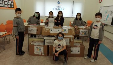İlkokul öğrencileri Batman'daki akranlarına kitap ve oyuncak gönderdi