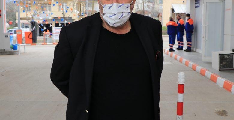 Kocaeli'de akaryakıt istasyonu personelinin darbedilmesi güvenlik kamerasında