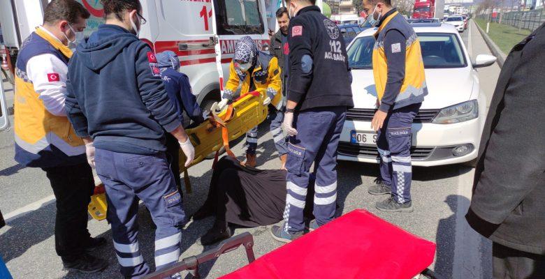 Orhangazi'de otomobilin çarptığı kadın yaralandı