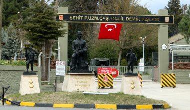 Kışlaya İdlib şehidi Halil Demir'in ismi verildi