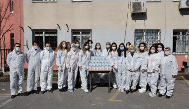 Şişecam'dan sağlık çalışanlarına antimikrobiyal kaplamalı cam kupa