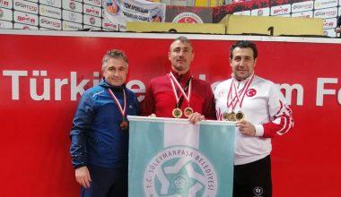 Türkiye Salon Şampiyonasında 3 madalya