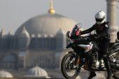 Motosiklet tutkusunun peşinden gidip Yunus Polisi oldu