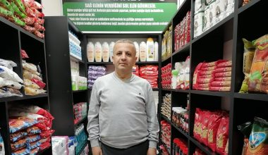 """""""Sadaka Taşı Sosyal Market"""" ramazanda da yardımlarını sürdürüyor"""