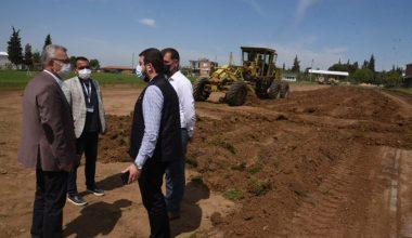 İzzetiye Mahallesi'nde semt sahası yapım çalışmaları başladı