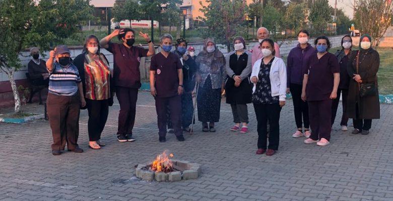 Huzurevi sakinleri Hıdrellez'i kutladı