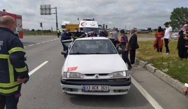 Servis minibüsü kaza yaptı!
