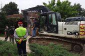 İYİ Partili Türkkan'ın ortağı olduğu şirketin kaçak yapıları yıkılıyor