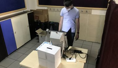 Çifte vatandaşlar, erken genel seçim için sandık başına gitti