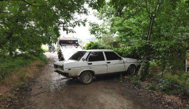 """""""Dur"""" ihtarına uymadı… Polis aracına çarpıp kaçtı… Yakalandı"""