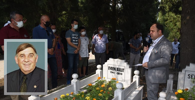 11. ölüm yıldönümünde mezarı başında anıldı