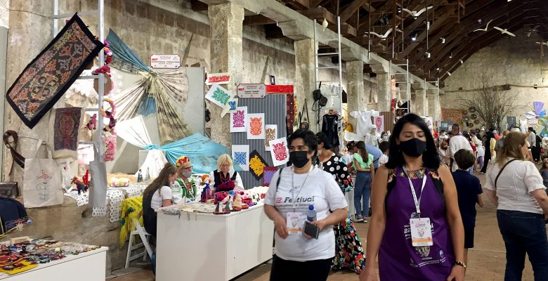 Festivale sanatseverlerden büyük ilgi