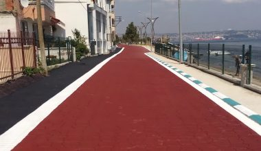 """Altınova sahilinde """"baskı asfalt"""" çalışması"""