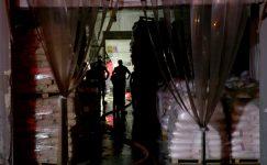 Arnavutköy'de ambalaj fabrikasında çıkan yangın söndürüldü