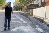 Yollardaki çukurları vatandaş doldurmaya başladı