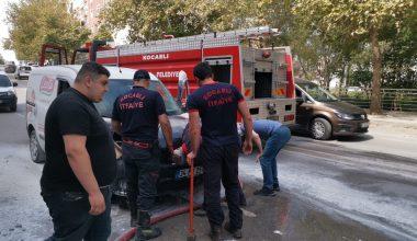 Hareket halindeyken yangın çıkan araçta hasar oluştu