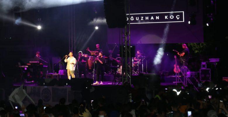 Oğuzhan Koç'tan Bigadiç'te konser