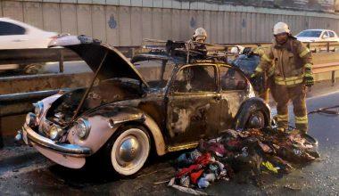 Sünnet düğünü için hazırlanan klasik otomobil, alev alev yandı