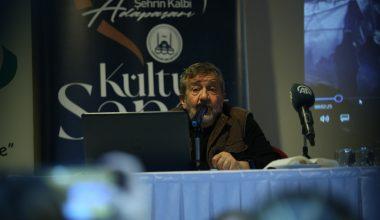 Coşkun Aral tecrübelerini gazeteci adaylarıyla paylaştı