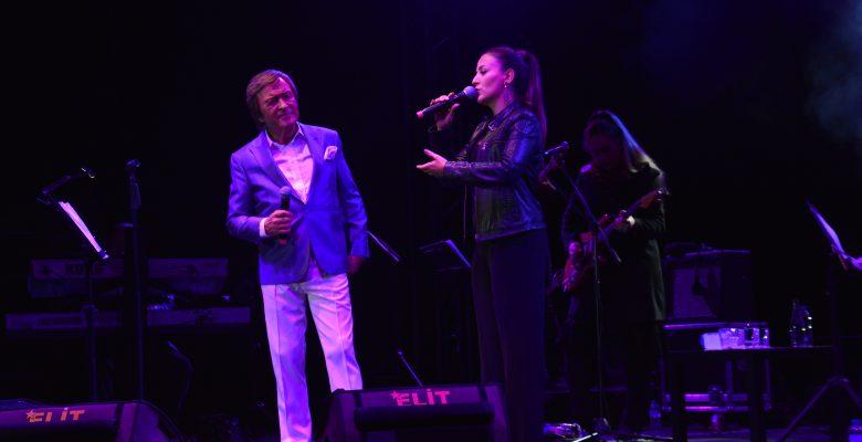Erol Evgin'den muhteşem konser