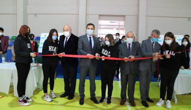 Hayrabolu'da TÜBİTAK 4006 Bilim Fuarı açıldı